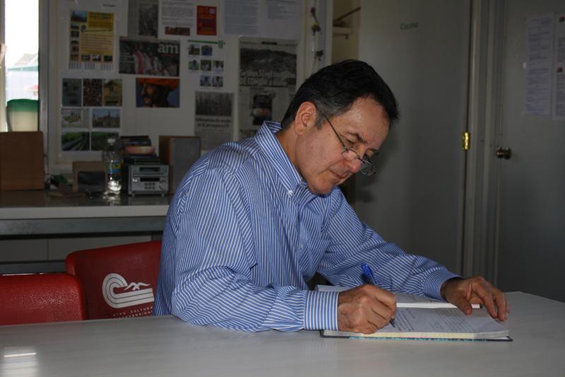 Sr. Embajador Roberto Ampuero visita CIASPE